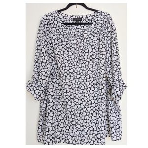 Lane Bryant Tops - LANE BRYANT Heart Print Tulip Top 22/24